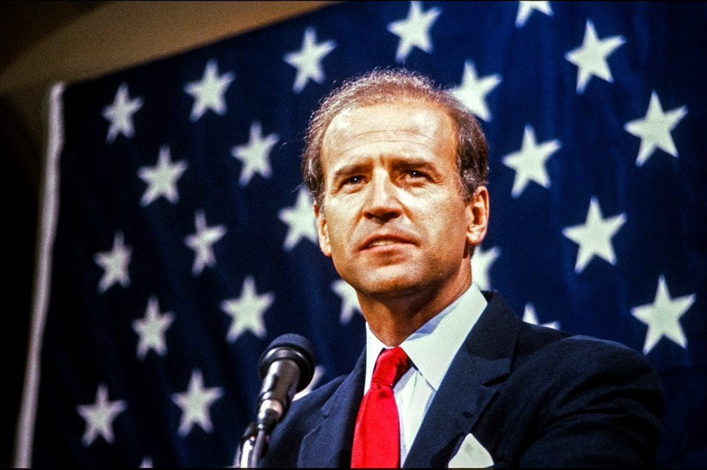 Joe Biden's failure in the 1988 presidential campaign in the Democratic Party, probably saved his life (Photo by Howard L. Sachs/CNP/Getty Images)