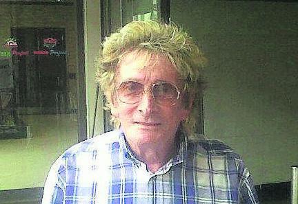 Sydney Becker (83), Cape Town's Rod Stewart lookalike, has died. PHOTO: SUPPLIED