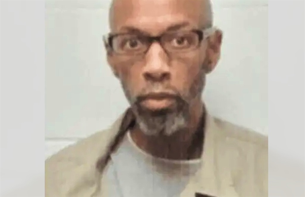 Dustin John Higgs, a 48-year-old Black African American, stood execution by lethal injection on 16 January 2021.