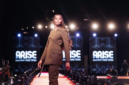Naomi Campbell walks for Mmuso Maxwell at Arise Fashion Week 2020 (Image supplied by Pamberi Communications)