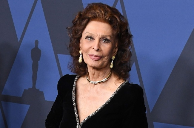 At 86 Sophia Loren still exudes a youthful joi de vivre thanks to her positive outlook on life. (Photo: Gallo Images/Getty Images)
