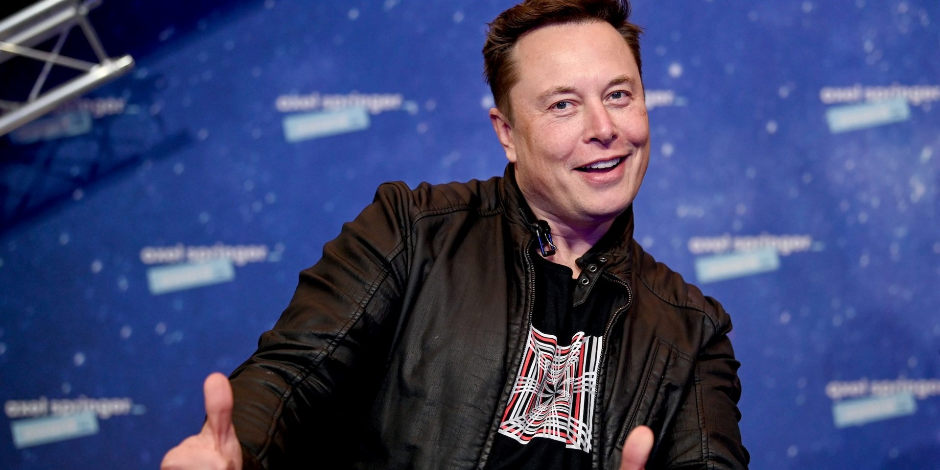 Here's what 6 crypto experts said about Tesla's $1.5 billion investment into bitcoin
