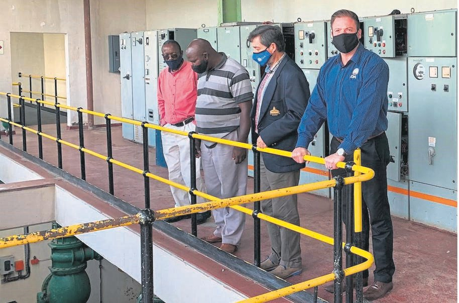 DA Councillors of the Dihlabeng Municipality inspect the water treatment plant in Bethlehem. From the left are Jafta Mokoena, Sello Mokoena, Dr Roy Jankielsohn and Willie Theunissen. Photo: Supplied