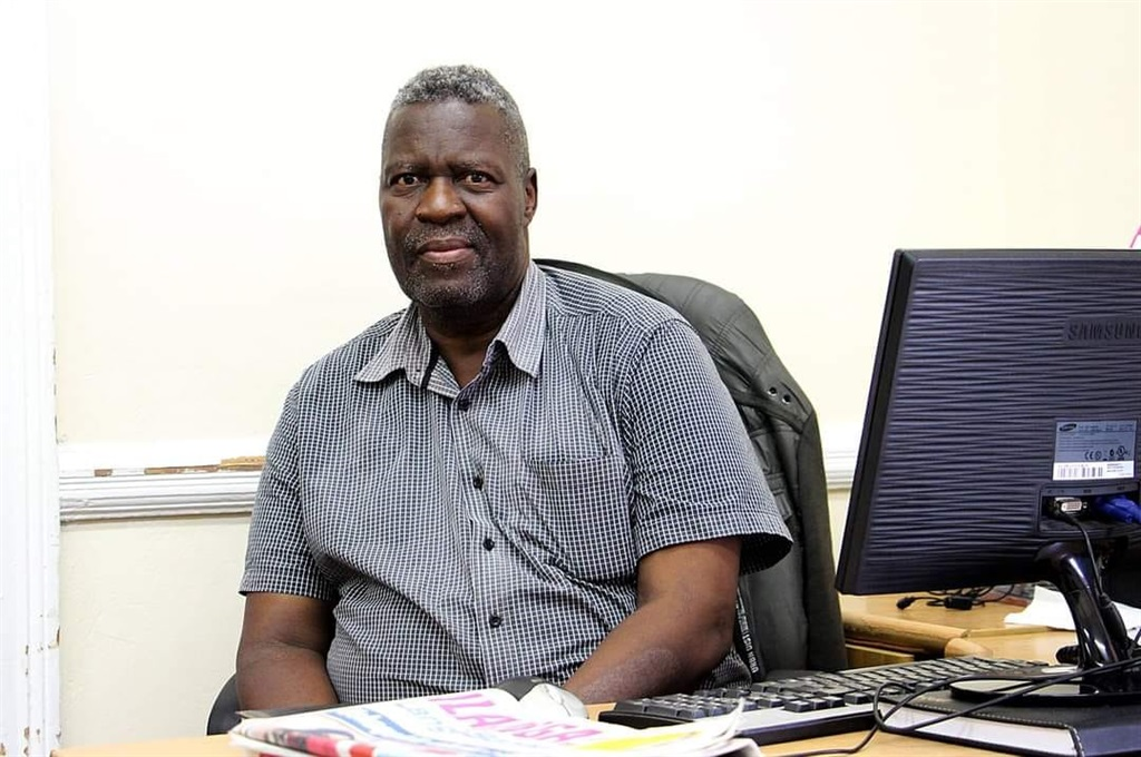 Veteran Journalist Knowledge Simelane died after nearly 40 years in the industry.