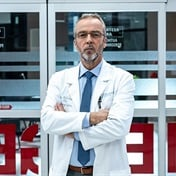 John Hannah gets serious in doctor role