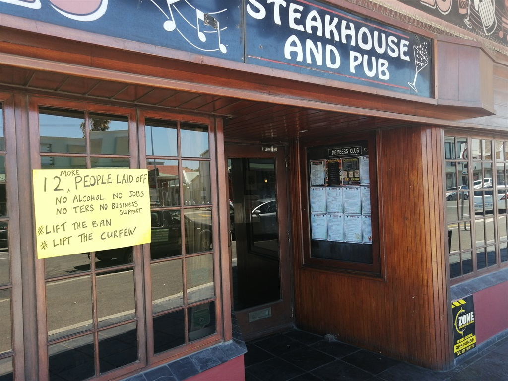 Guest attendance at Pirates Steakhouse and Pub in Plumstead plummeted following the announcement of the adjusted level three restrictions at the end of last year.  PHOTO: NETTALIE VILJOEN