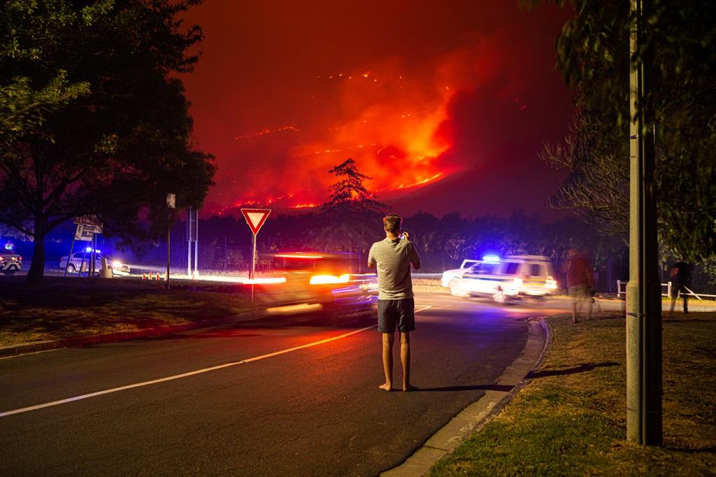 Jonkershoek Valley Fire