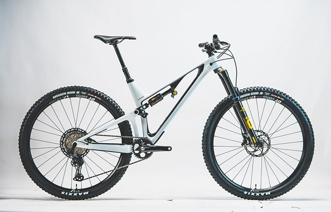 When a gifted rider and designer creates his own mountain bike brand, great things happen. (Photo: Unno)