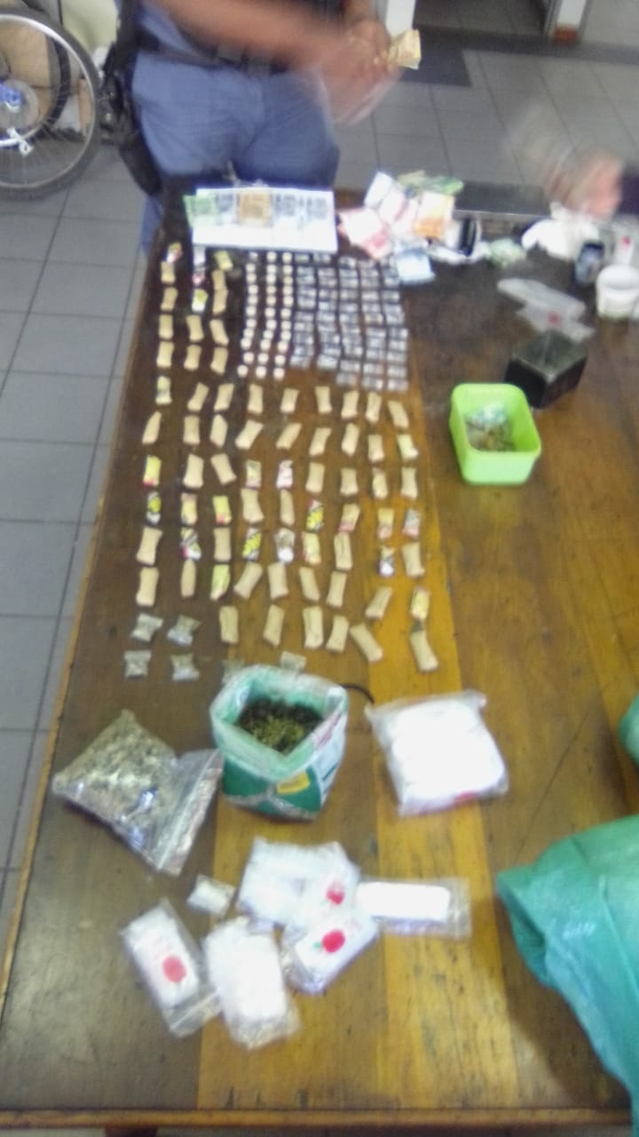 Mandrax tablets, tik and cash found by police