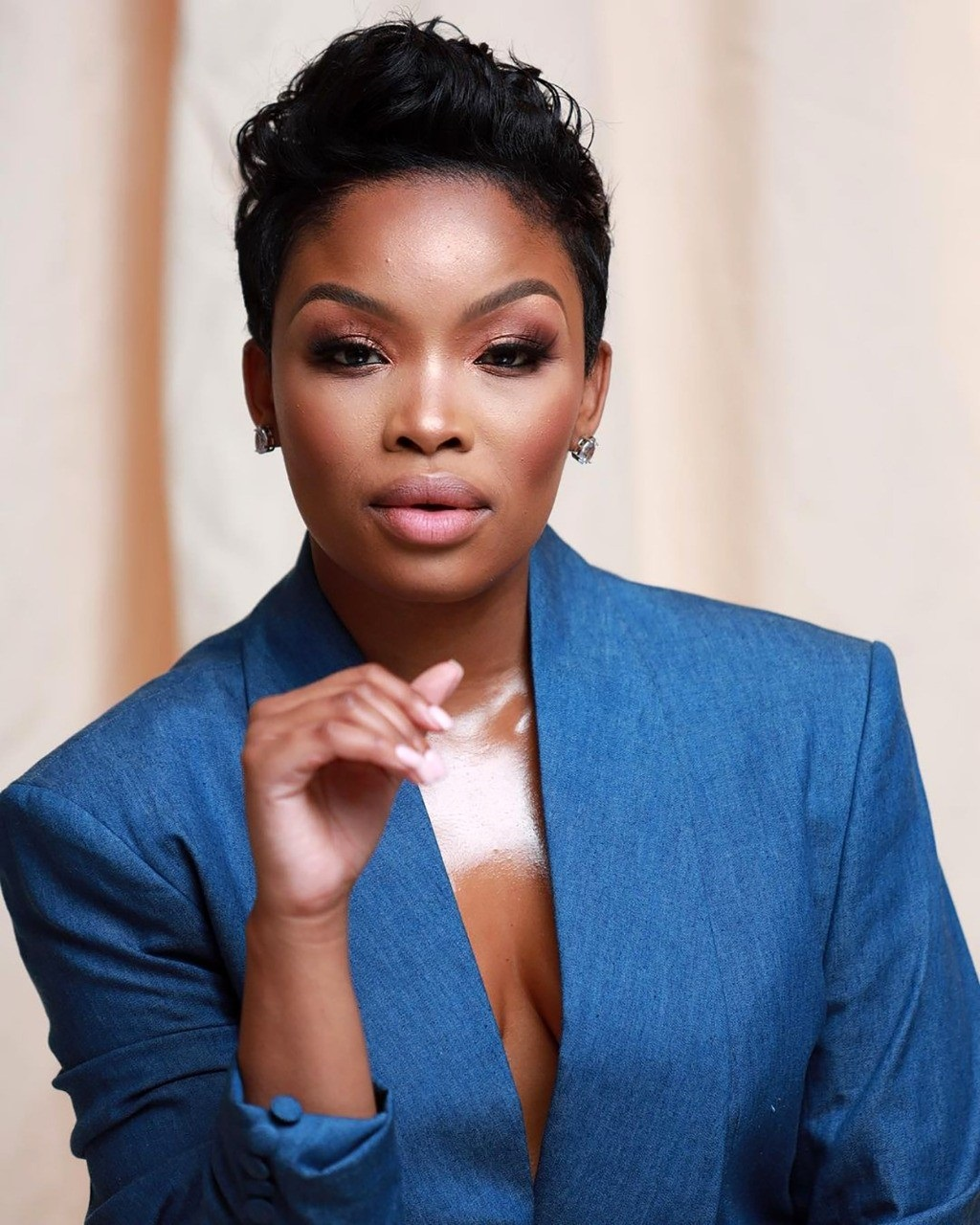 Top Isibaya actress Zinhle Mabena has been arreste