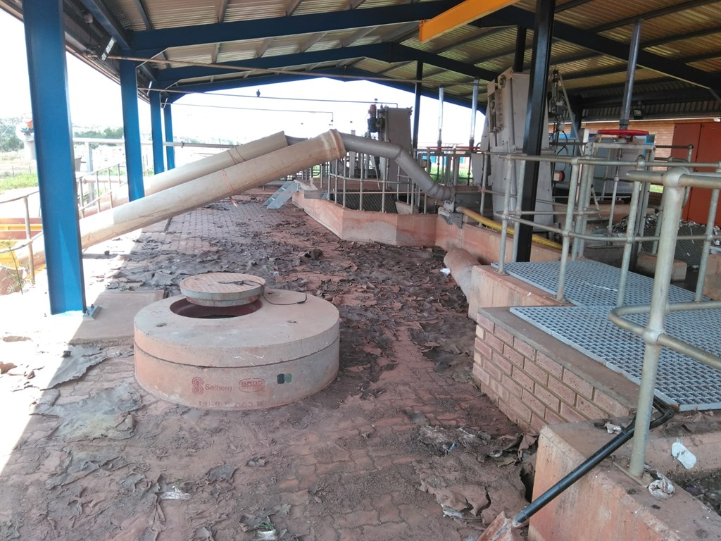 This is what the Kgetlengrivier Concerned Citizens found when they took over the Koster sewage plant (Photo: Willie Jones).