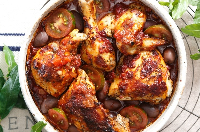 Roast chicken with tomato and olives