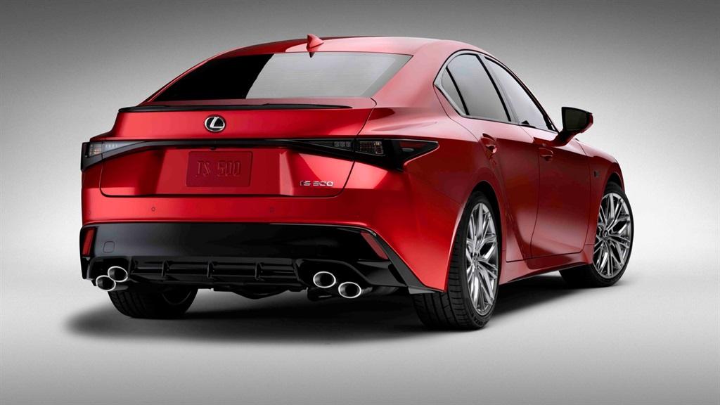 Lexus IS 500 F-Sport Performance.