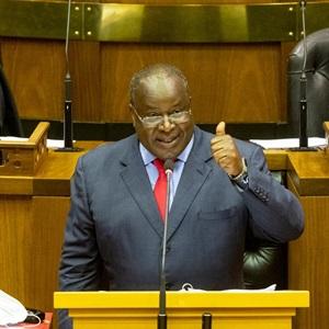 SA is op koers om 'n begrotingsoorskot te haal wanneer rente uitgesluit word. Dit sal help om skuld te stabiliseer…
