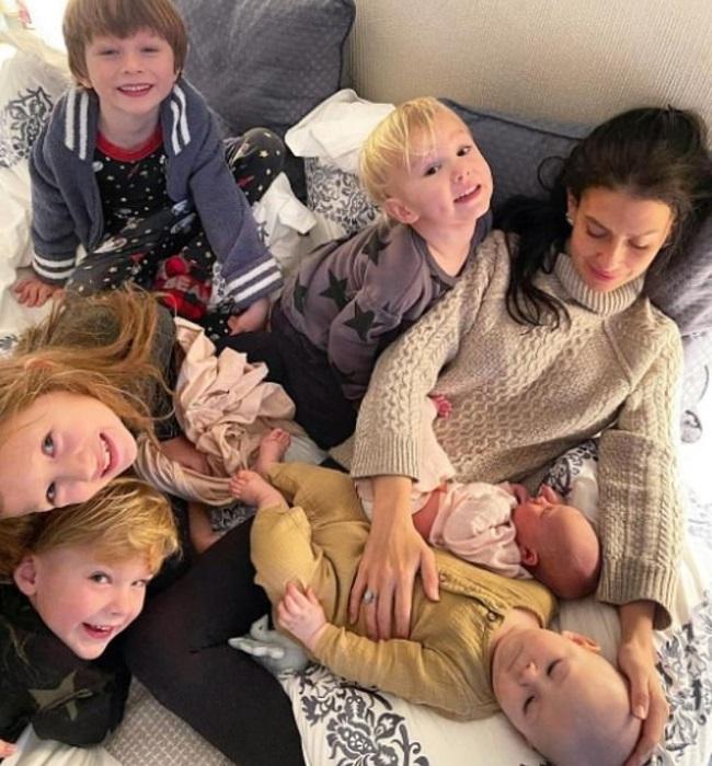 Hilaria and Alec share children Carmen (7), Rafael