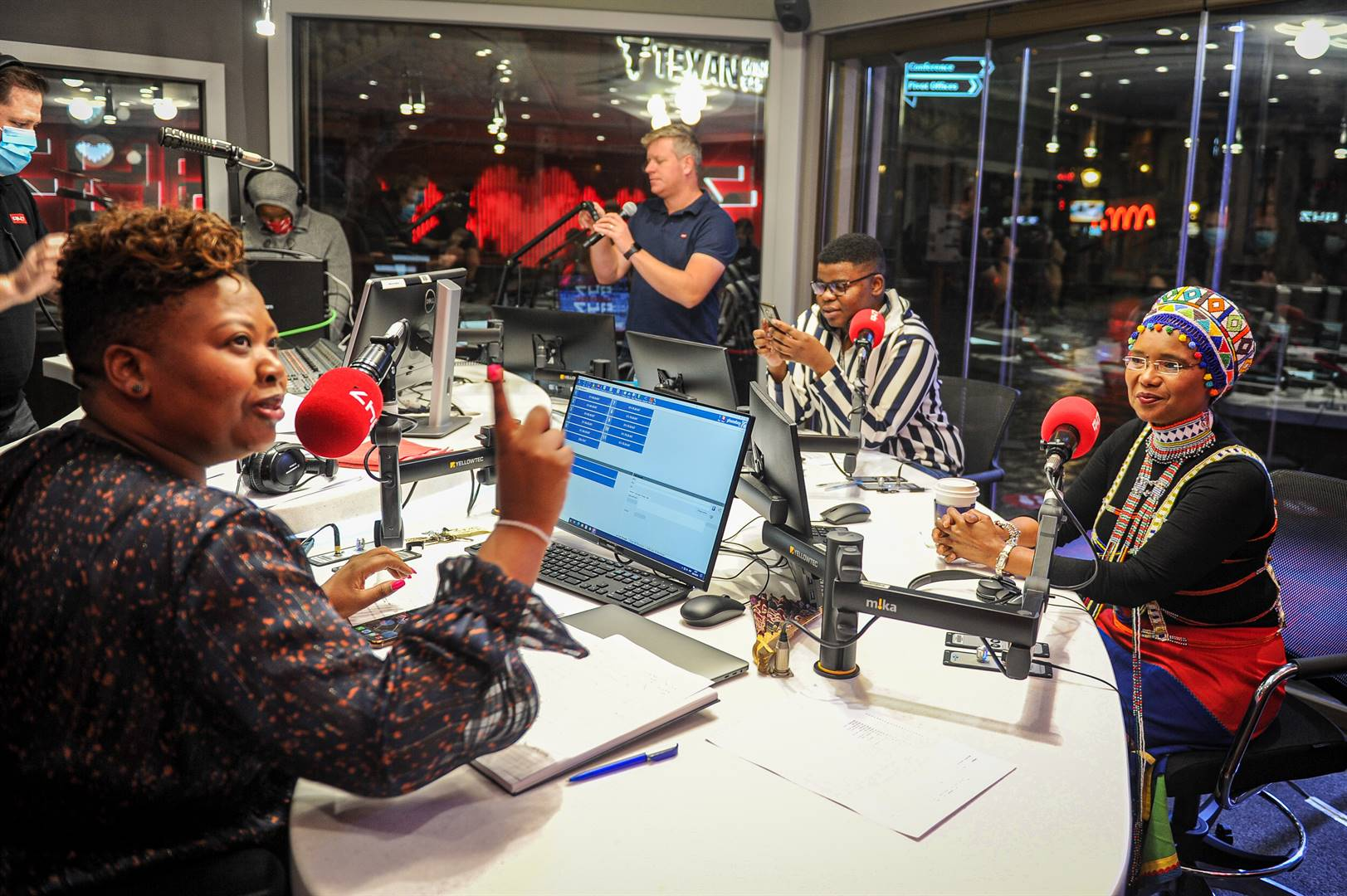 Anele and the Club on 947 honour and celebrate veteran news anchor Noxolo Grootboom. Picture: Rosetta Msimango