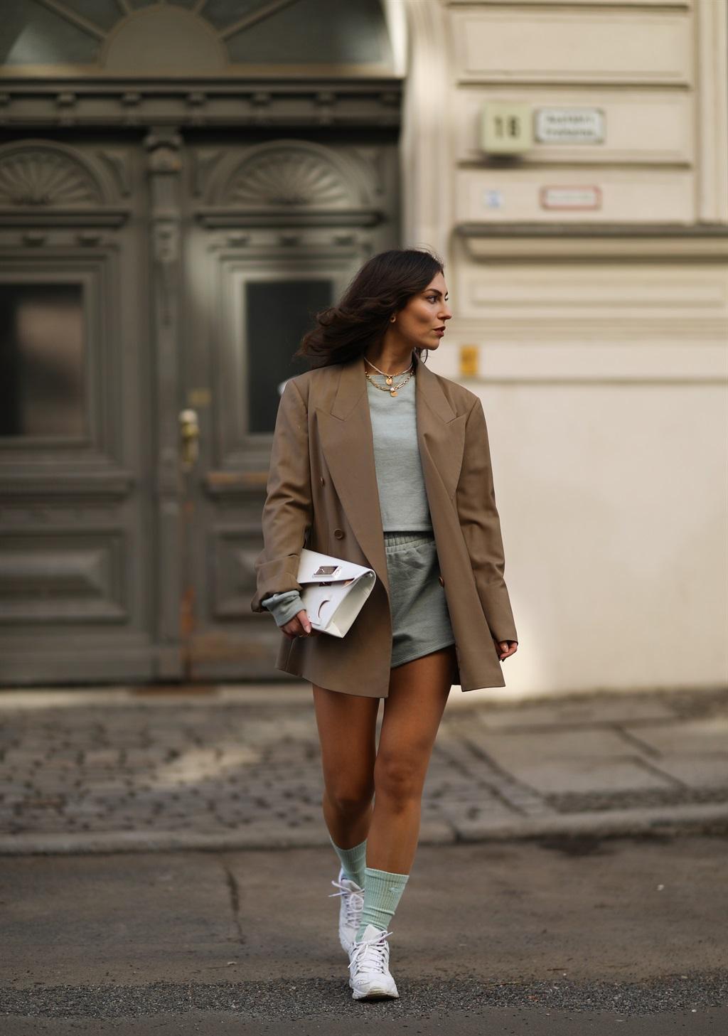 BERLIN, GERMANY - FEBRUARY 22: Masha Sedgwick wear