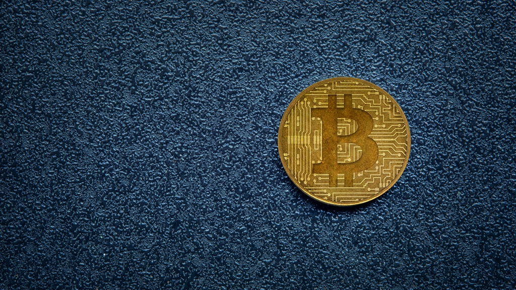 New virtual currency tied to oil takes aim at bitcoin | Fin24