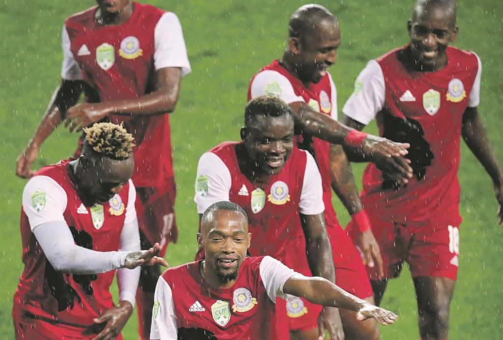 Thabo Mnyamane leads his Tshakhuma Tsha Madzivhandila team-mates after yet another win for the rejuvenated outfit. Picture: Samuel Shivambu / backpagepix