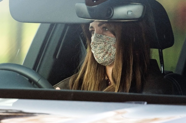 A sombre-looking Kate was seen the day after the Oprah interview at the wheel of her car in London. (PHOTO: Cawthra/SipaUSA/magazinefeatures.co.za)