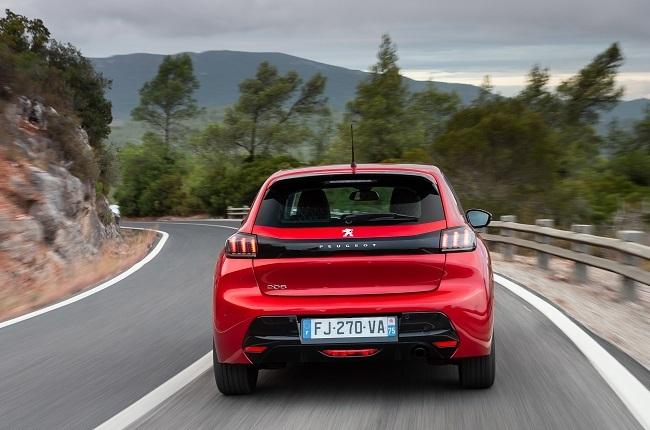 2021 Peugeot 208 rear