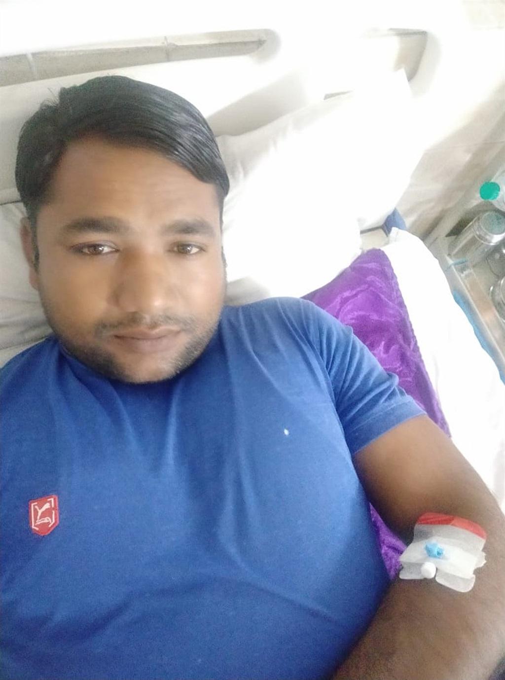 Anil Kumar in die hospitaal na die voorval.
