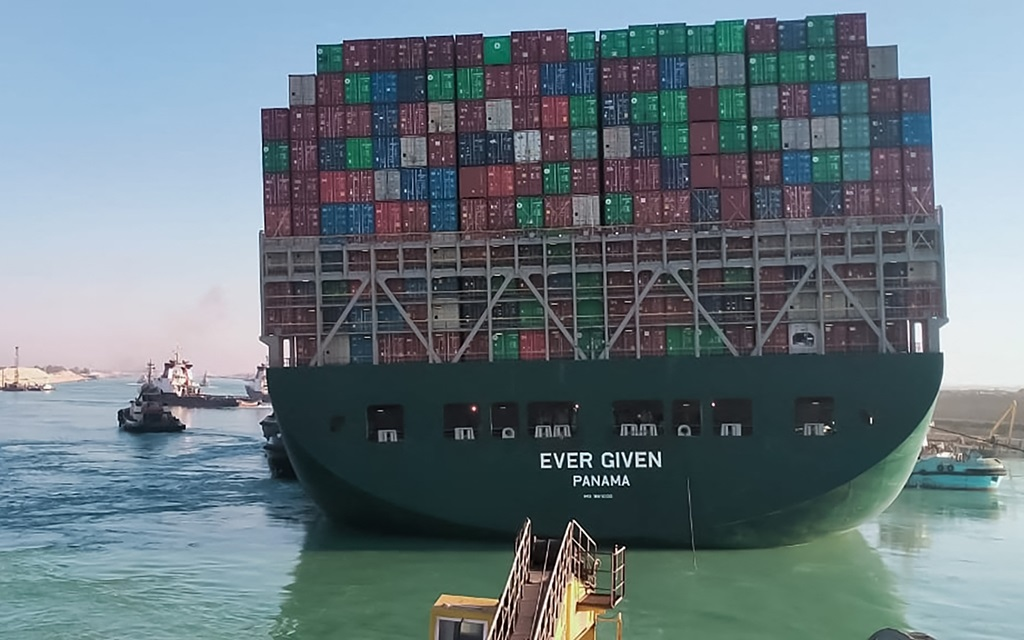 Despite the resumption of traffic, analysts say that it will take time for container transport to resume to normal.