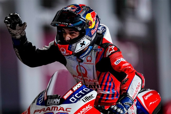 Rookie Jorge Martin takes pole position for the Doha MotoGP 2021.