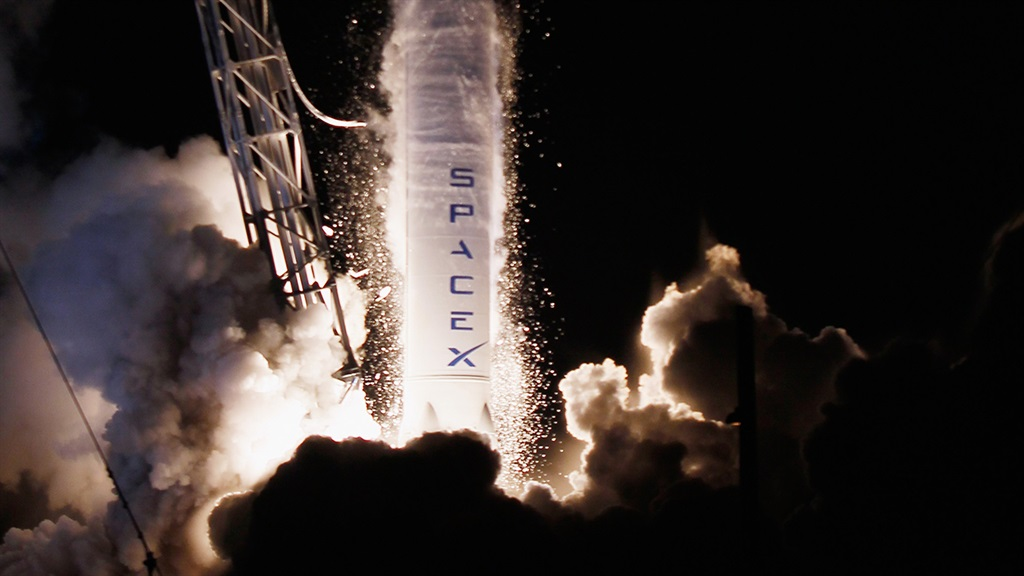 CAPE CANAVERAL, FL - OCTOBER 07:  A SpaceX Falcon