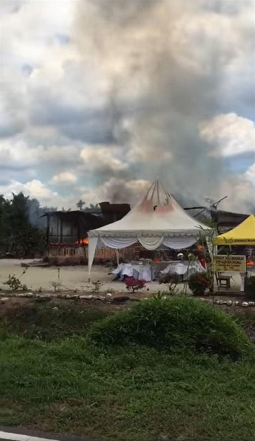 Familiehuis brand byna af.
