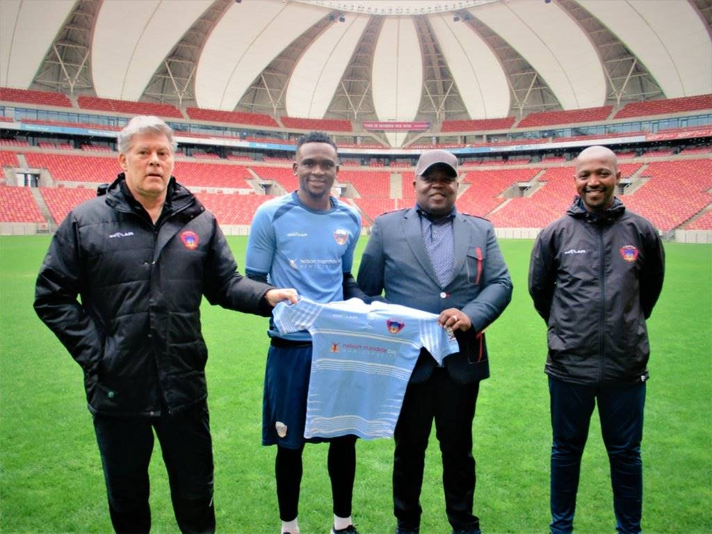 Luc Eymael during the unveiling of the club's new signing Luxolo Nomandela, owner Siviwe Chippa Mpengesi and caretaker coach Siyabulela Gwambi Picture: Chippa United twitter