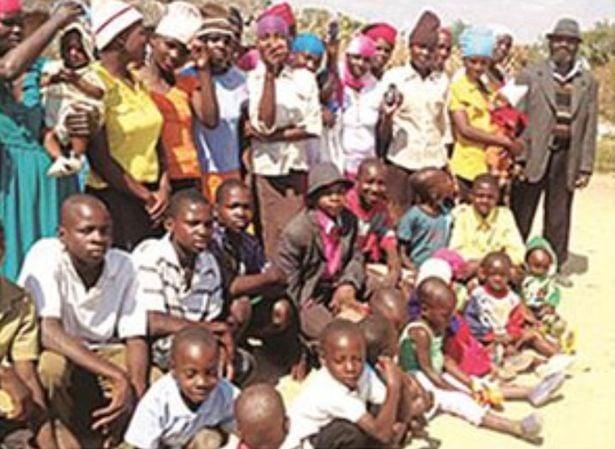 Mesheck Nyandoro and his family. Source: https://www.herald.co.zw/