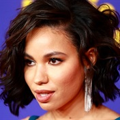 Bed hair, glossy lips, winged liner were the top beauty trends seen on MTV Movie Awards red carpet