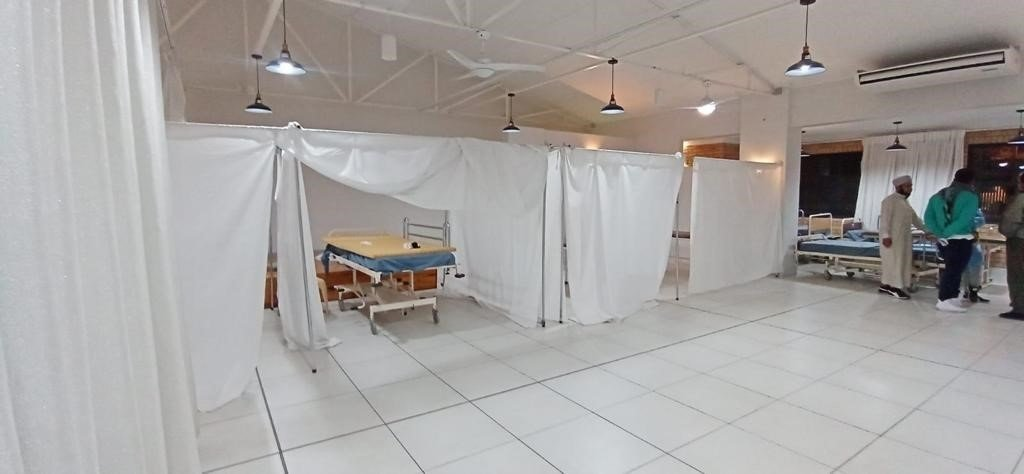 Volunteers in Azaadville set up a medical centre where residents can test for Covid-19.