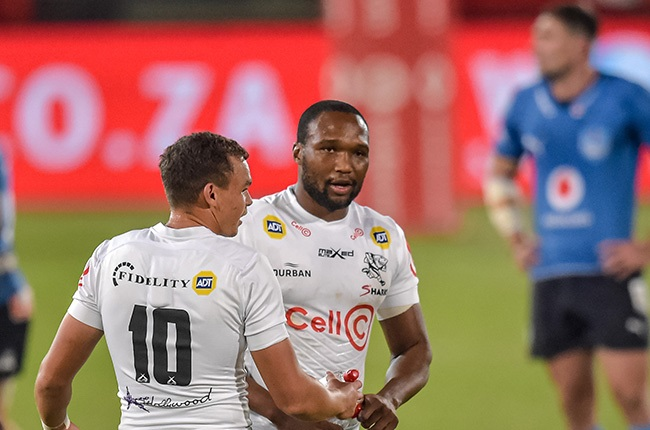 Curwin Bosch (L) and Lukhanyo Am. (Christiaan Kotze/Gallo Images)