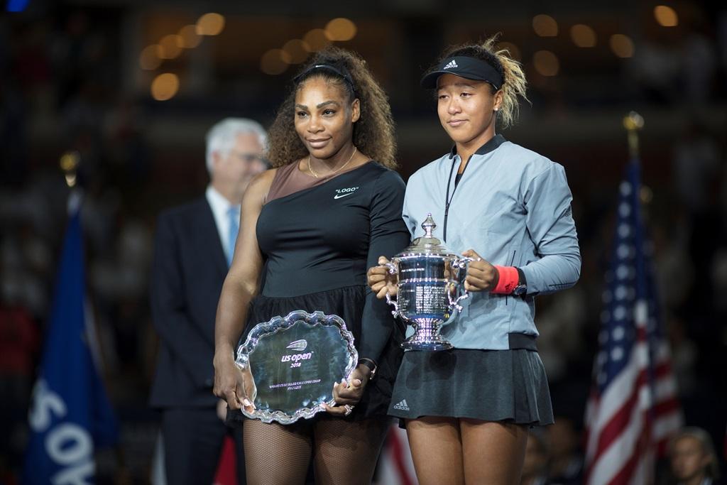 Serena Williams sê sy het simpatie met Naomi en mo