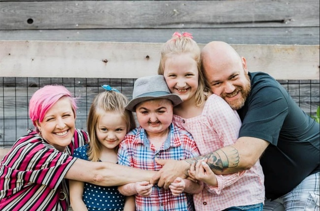 Lydia Carneson, her husband, Ryan, and their two daughters Kenzi, and, Payten are struggling to come to terms with Reef's passing. (Photo: Supplied)