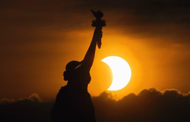 eclipse,solar eclipse