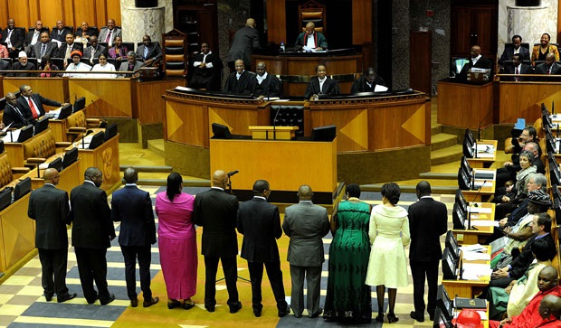 If news reports are to be believed, the fat cats in parliament who have just been given a 2.8% wage increase are, with reckless abandon, still raking up the state tills, writes Phakamisa Mayaba. Photo: GCIS