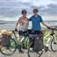 Egpaar met kapmes aangeval toe hulle gaan fietsry