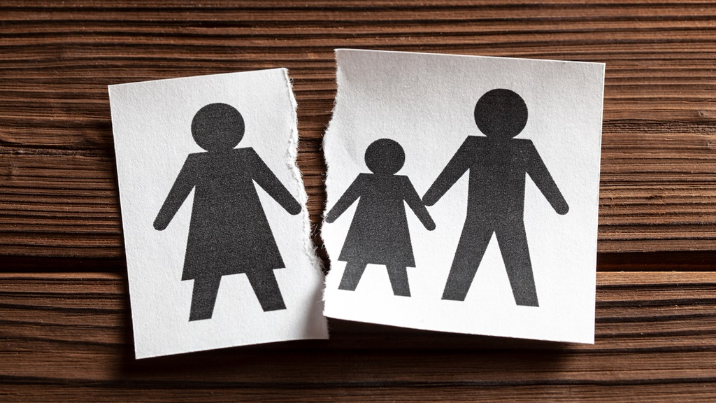 Government should help couples fight better, says new policy – and divorce when necessary