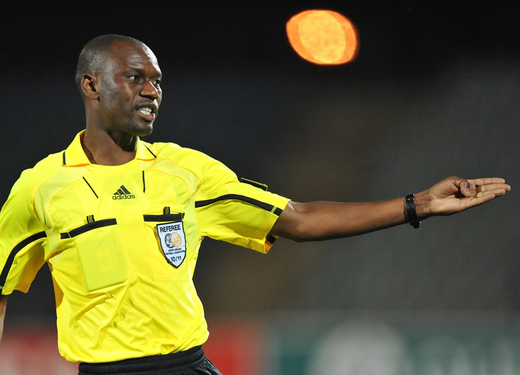 PSL referee Victor Hlungwane.