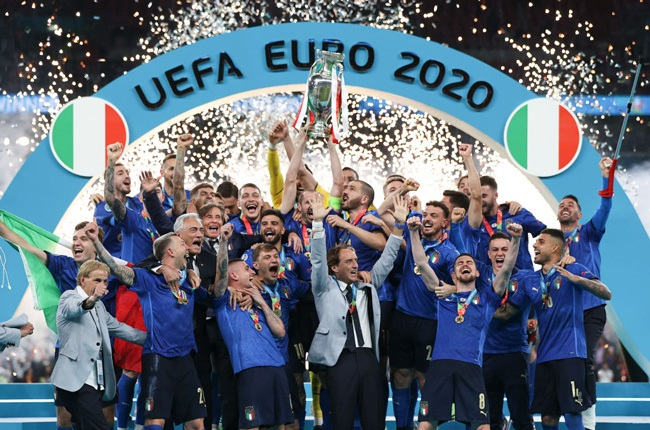 Giorgio Chiellini, Captain of Italy lifts The Henri Delaunay Trophy following his team's victory in the UEFA Euro 2020 Championship Final (Getty Images)