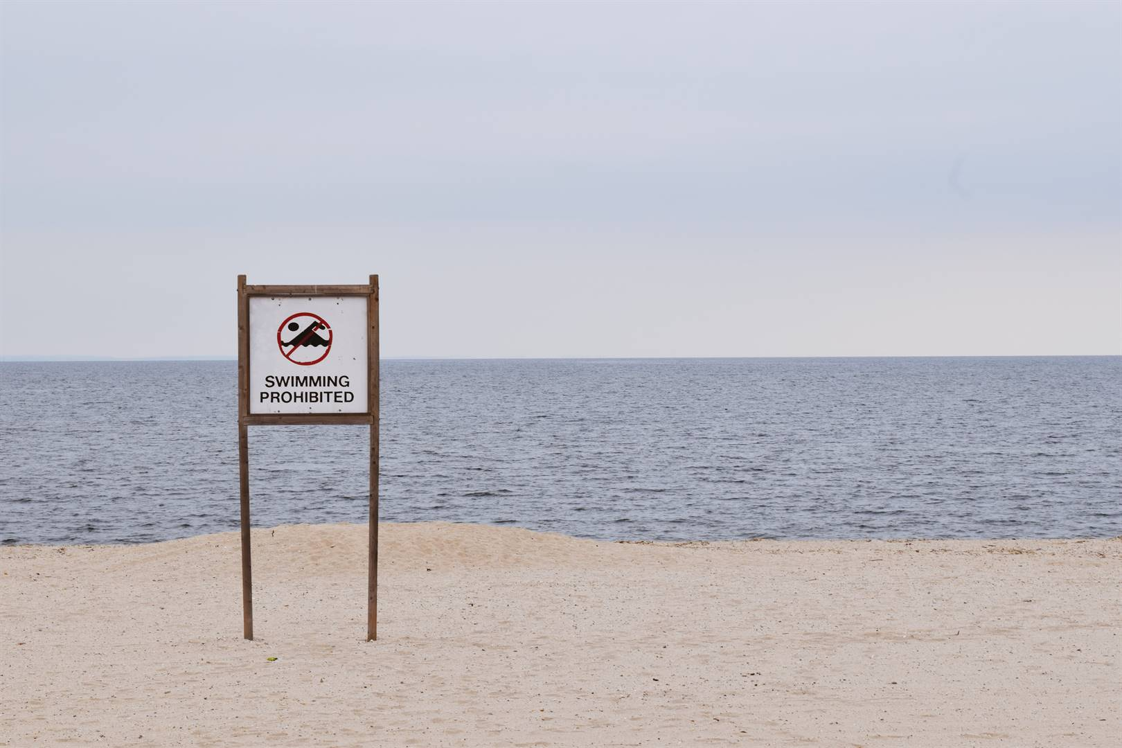 KZN UNREST   Beaches north of Durban closed due to chemical spill   Witness - News24