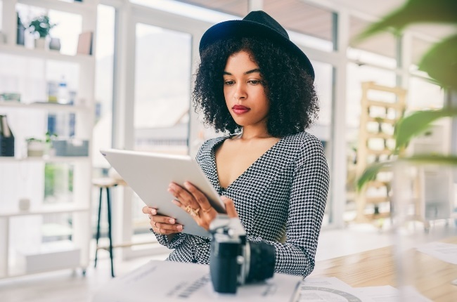 Caught in an intimate situation at work or sent a mean email by mistake? Tips to fix a work crisis