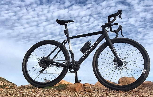 What is the vibe, of a battery-assisted gravel bike? (Photo: Steve Smith)