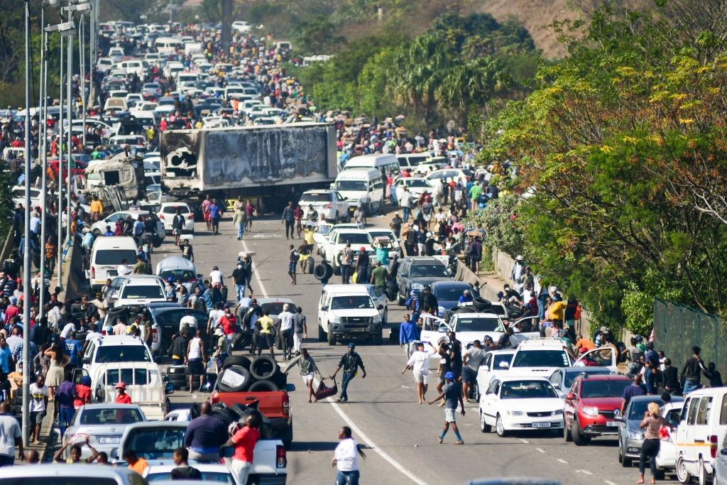Looters on Spine Road behind Pavilion Mall in Durban during the unrest.