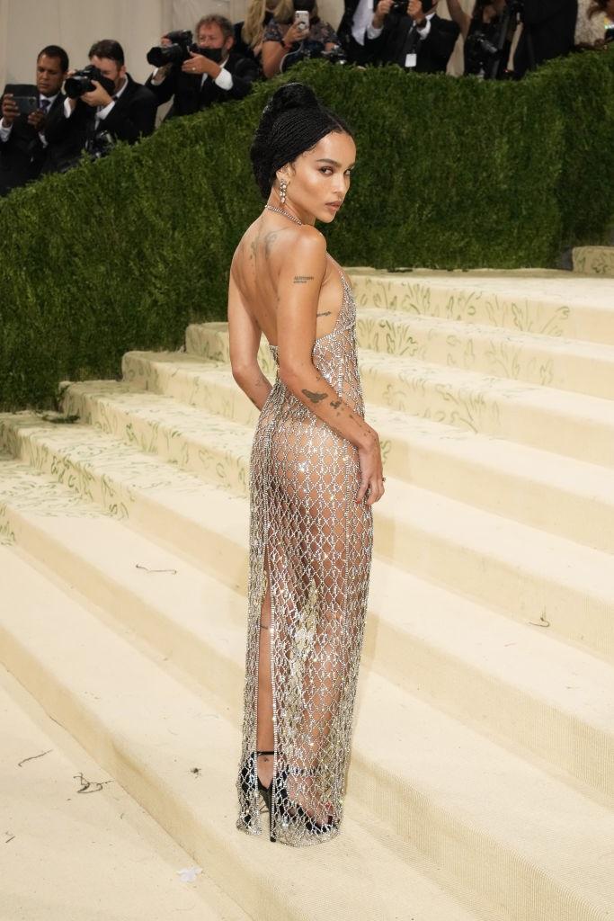 naked dress, sexy back, met gala