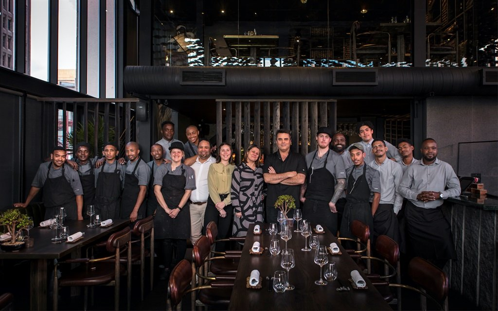 FYN chef Peter Tempelhoff and team. (Supplied by restaurant)