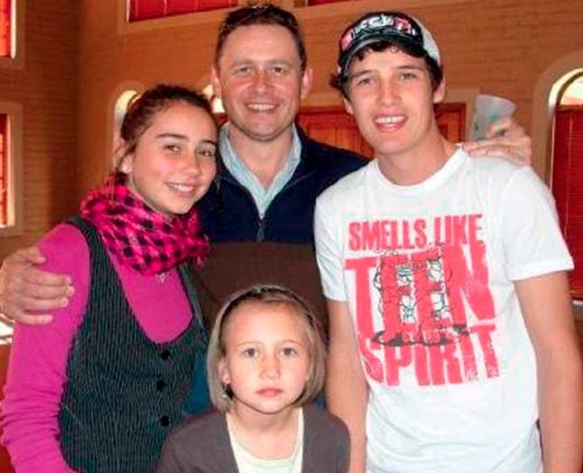 Paul saam met Chané, Mischke (voor) en sy stiefseu